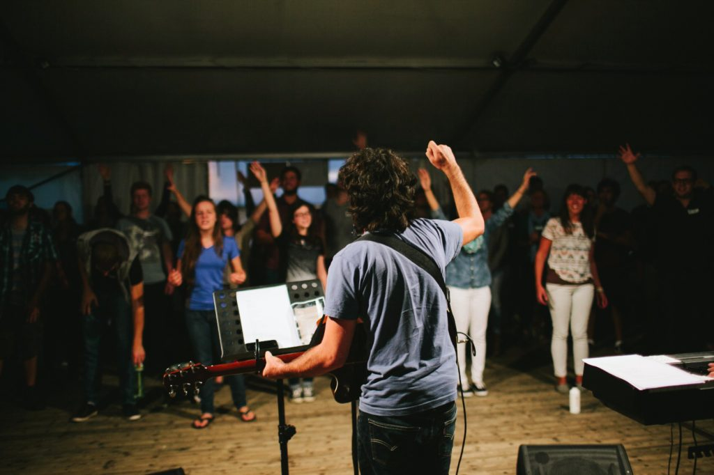 Worship Photo